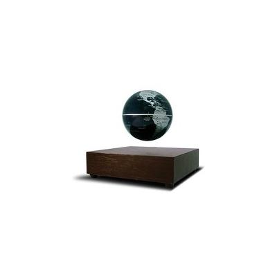 Globe terrestre en lévitation magnétique flotte sur un support en bois