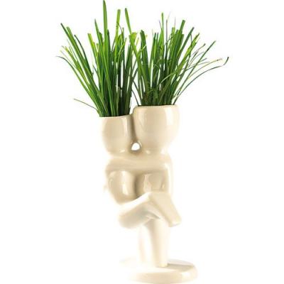Décoration pour fenêtres - Petit pot en céramique - Couple s'enlace