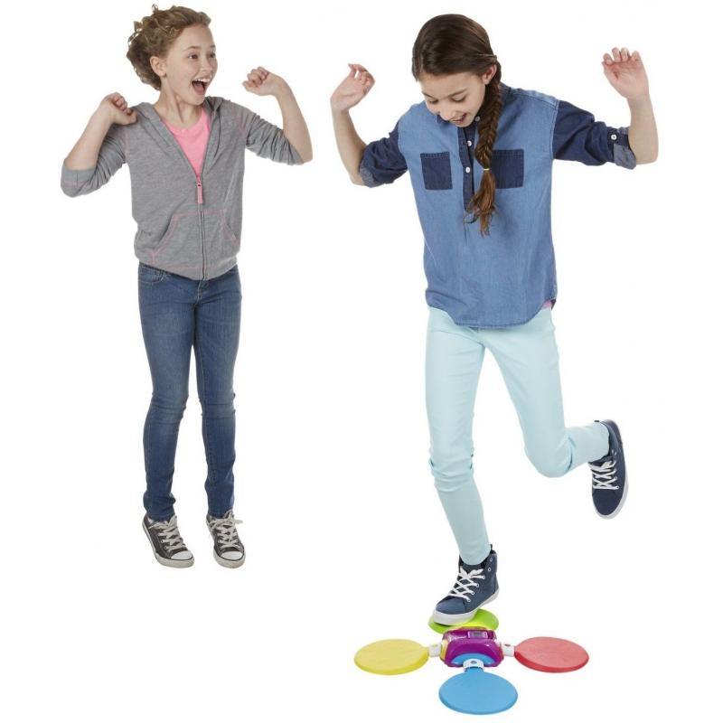 Jeu de danse pour fille et garçon twister moves hip-hop